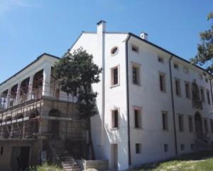 Ristrutturazione della copertura e recupero funzionale di Villa Borromeo