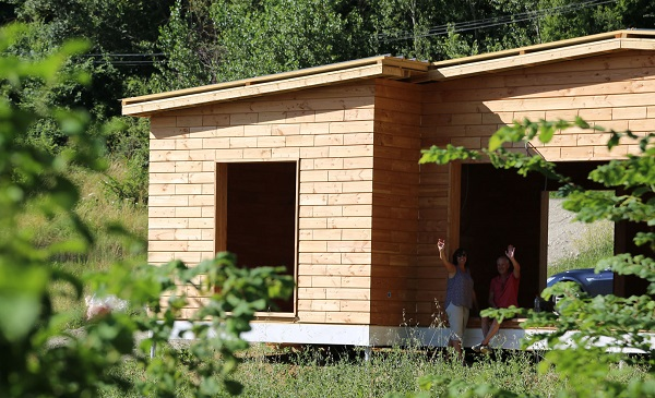 Sistema con mattoni in legno