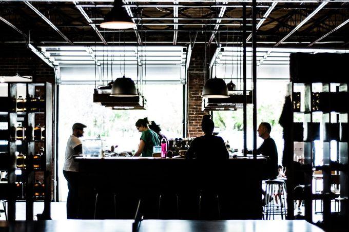 Cambio destinazione d'uso, da bar a ristorante