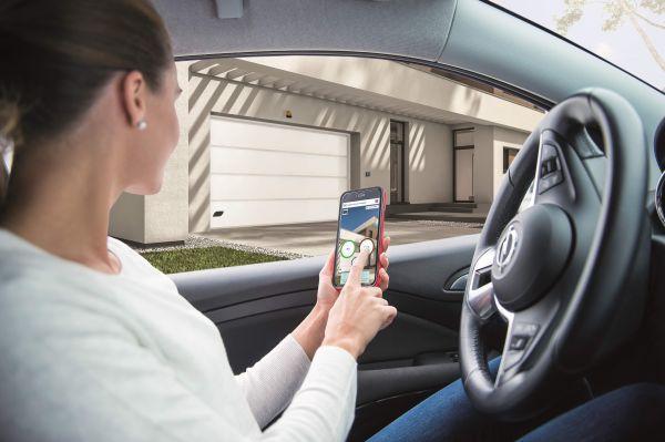 Porte garage 2.0: arriva CAME GO Premium che si apre con smartphone