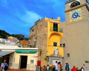 Capri e Forte dei Marmi le città più care d'Italia