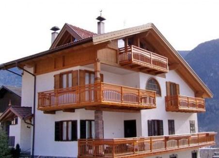 Casa in legno progettata e realizzata da Fanti Legnami