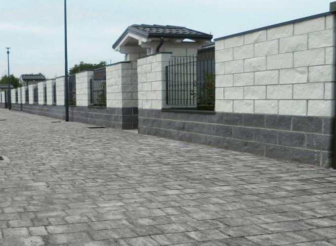 Pavimentazione realizzata con piastra CASSIA