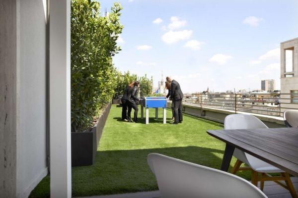 Il nuovo head quarter CBRE di Milano è la struttura è pienodi aree relax e svago per i dipendenti.