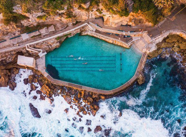 Che permessi servono per costruire una piscina