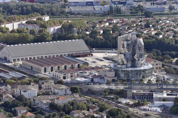 La torre progettata da Frank Gehry per il nuovo centro culturale di Arles