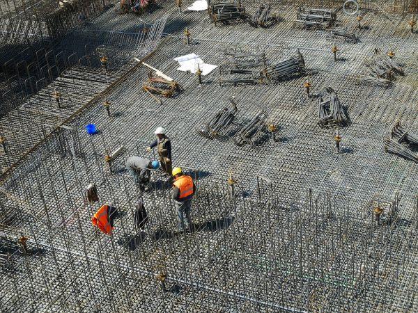 Imprese e lavoratori uniti per affrontare la crisi delle costruzioni
