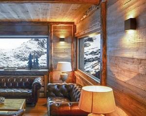 ORION: illuminazione a installazione superficiale e a parete
