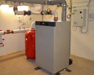 Caldaia a condensazione a basamento Vitocrossal 100