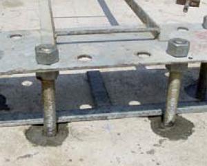 Master Flow 960/960 TIX: malta cementizia per ancoraggio delle barre strutturali