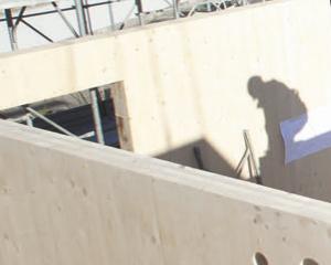 Corso sul tema della costruzione di tetti e coperture in legno 1