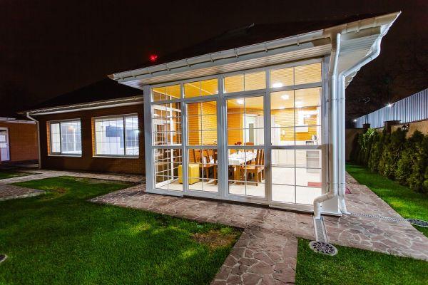Trasformare un balcone in veranda