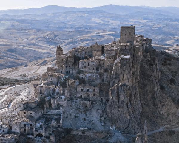 Concorso YAC, far rivivere un borgo abbandonato come quello di Craco