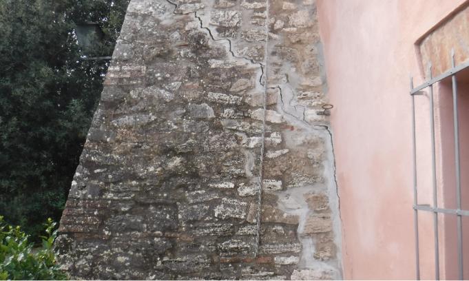 Resine espandenti SYStab per la consolidazione di una villa antica