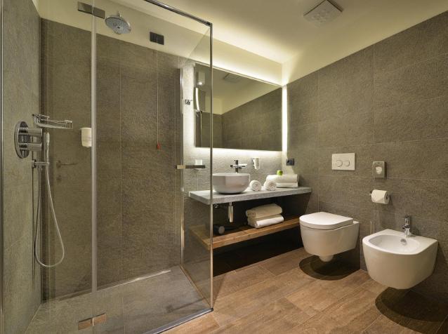 Cabine doccia duka la scelta ideale nell hotel sporting for Duka cabine doccia