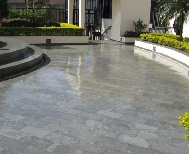 Pavimenti in resina una scelta di tendenza - Pavimento in resina per esterno ...