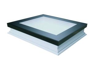 FAKRO – Finestre per tetti piani, per case in Classe A 1