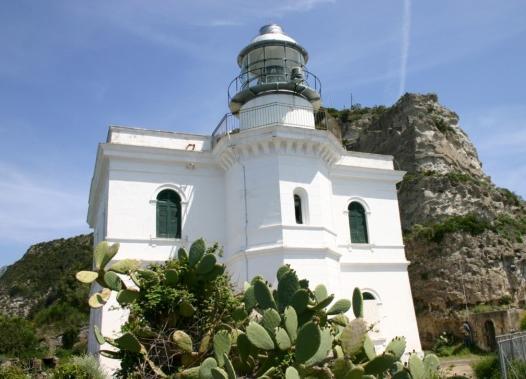 Faro di Punta Imperatore a Forio d'Ischia - Napoli