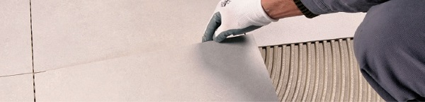 adesivi e sigillanti per la posa di pavimenti