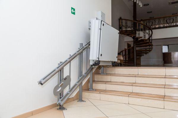 infobuild_montascale_condominio
