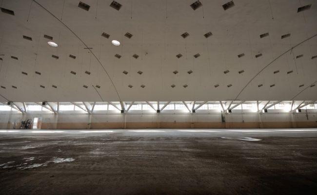 Interno capannone Botti nell'ex manifattura Tabacchi a Bologna