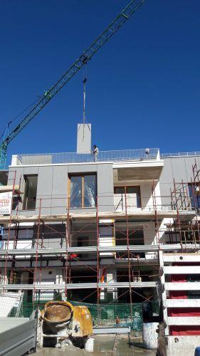 Isotec Linea scelto per l'isolamento termico della copertura del complesso residenziale 9+9 Housing Units