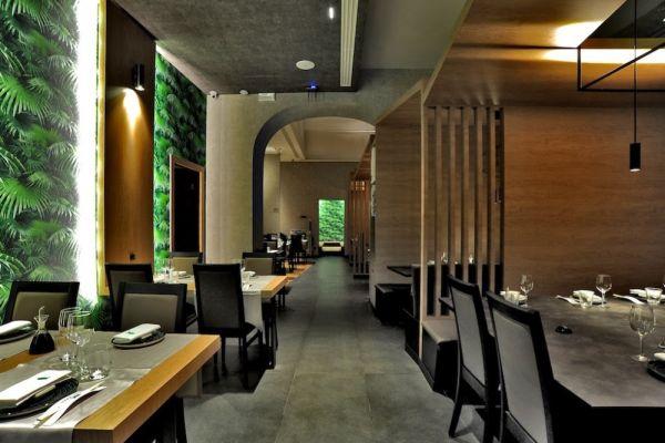 Le soluzioni in gres porcellanato di Ceramiche Keope nel ristorante Sushi Green di Como