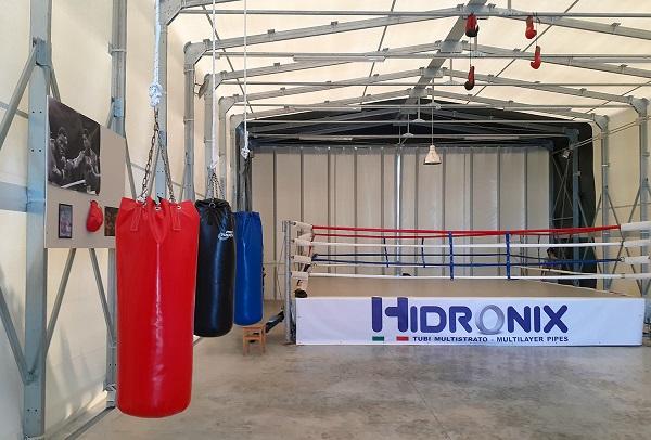 Palestra di boxe ampliata con Kopron