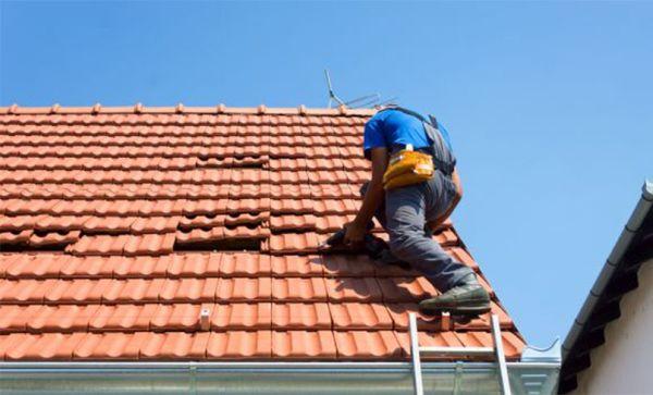 Prima dell'inizio dell'inverno bisogna fare eventuali interventi di manutenzione del tetto