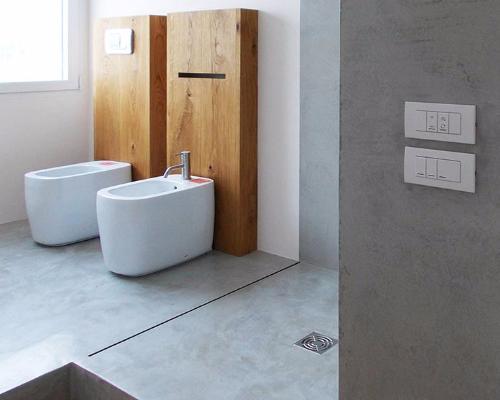 Il pavimento conferisce stile al bagno