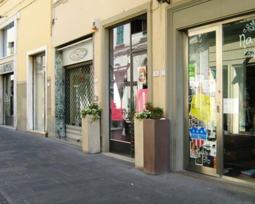 Mercato degli immobili commerciali for Immobili commerciali affitto roma