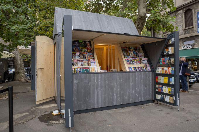 Inaugurata la prima edicola ecosostenibile in legno donata a Milano da RubnerHaus