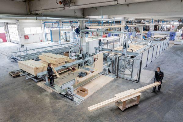Il nuovo impianto produttivo di VARIO-HAUS per la realizzazione di case prefabbricate in legno