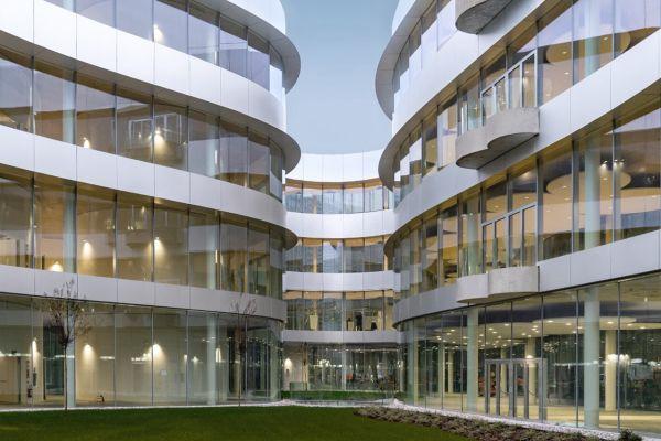 Inaugurato a Milano il nuovo campus Bocconi, aperto e integrato nel tessuto urbano