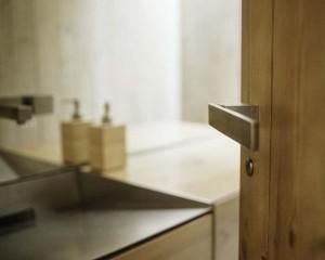 Le maniglie di design Olivari per il progetto dell'abitazione rurale di Ramon Esteve