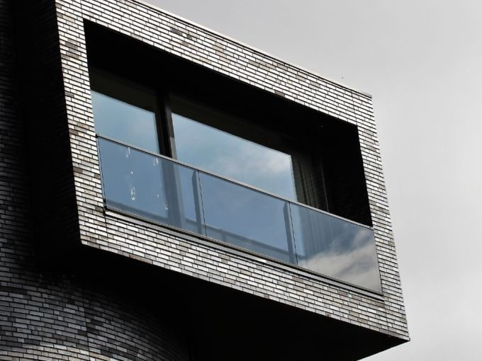 Interventi edilizia libera: Installazione di nuovi parapetti su balconi e terrazze