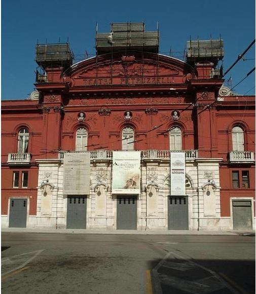 Teatro Petruzzelli a Bari
