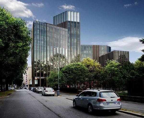 Pharo Business Center a Milano con la sua torre di 66 metri