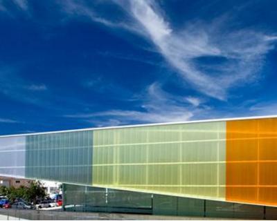 Il policarbonato: un materiale innovativo per l'edilizia