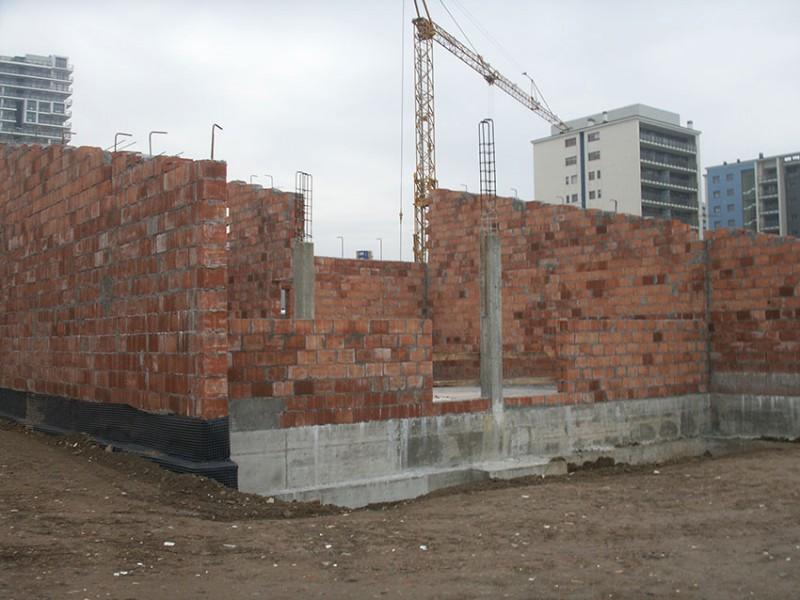 Scuola materna e asilo nido con strutture antincendio - Struttura cucina in muratura ...