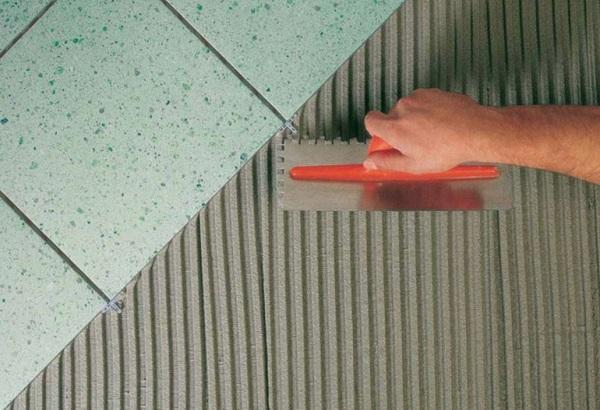 Sistema per la posa di pavimenti