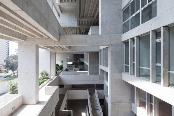 Edificio universitario UTEC, vincitore RIBA Awards 2016
