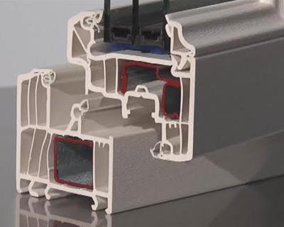 Come si comporta il serramento in PVC in caso di incendio?