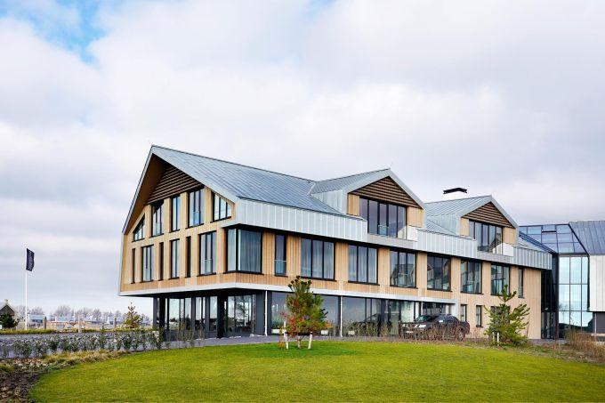 L'edificio centrale del Resort Waterrijk Oesterdam nei Paesi Bassi