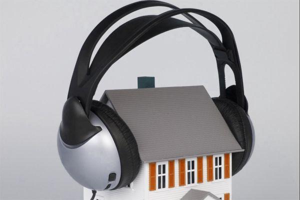 Il rumore negli edifici residenziali: cos'è e come si propaga