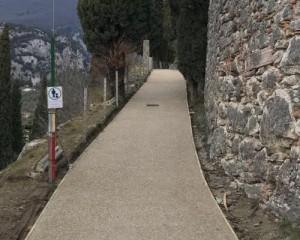 Levofloor per la ripavimentazione della passeggiata verso il castello