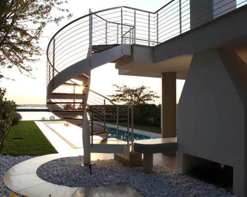 Le scale per esterni: architettoniche e strutturali