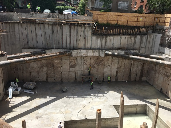 Scavo di cantiere Bottom Up