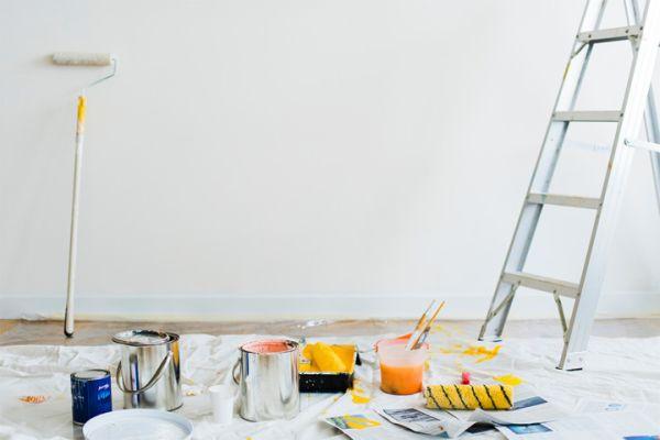 Carta da parati o tinteggiatura? Come scegliere per gli ambienti di casa