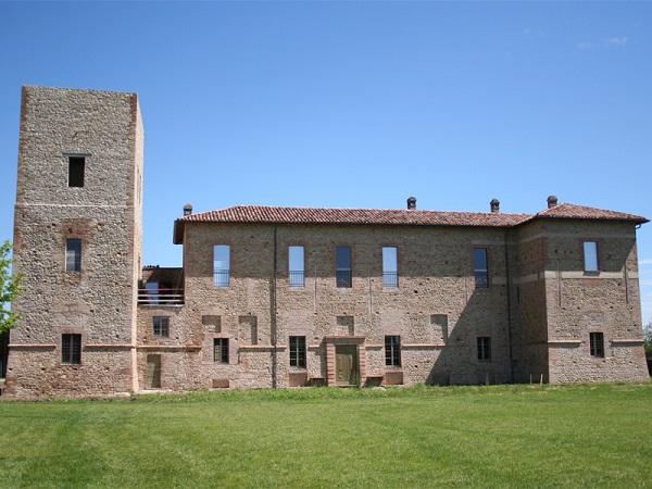 Restauro Torre principale Palazzo La Confina